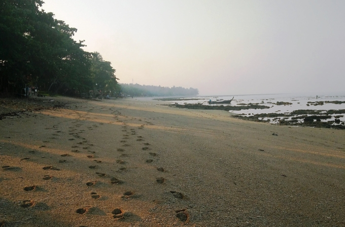 Koh Lanta Beach footsteps in the sand